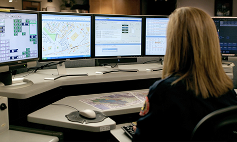 Dispatcher at workstation activating PulsePoint response.